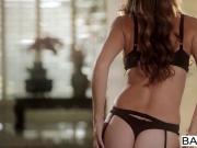 Babes - Exotica starring Jamie Lynn clip
