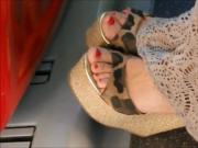 Candid Wedge Sandals In Bus