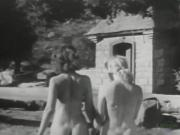 Jean and her blonde friend outdoors Vintage 1950s Pinups