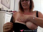 French MILF masturbates in blue panties - Vends-ta-culotte