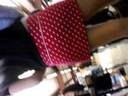 Tight red skirt Milf attempt upskirt