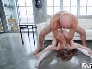 Kimmy Granger - Kimmy Granger Gets Acrobatic - Dont Break Me