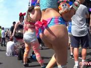 Pawg raver jiggle bubble booty twerk shorts candid omg