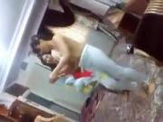 bailando en tetas