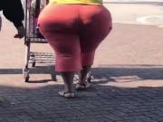Ass so big like the sun, wide hips bbw