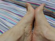 My feet, are they small?