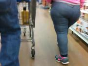 Big Booty Mexican Milf In Jean Tights QUICKY