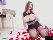 Curvy Hot Milf Sara Jay Dildo Fucks In Red & Black Pantyhose
