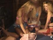 2 lesbians TEENS and 2 MILFS in hammam with sex toys