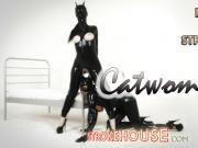 Nia Ross in Catwomen
