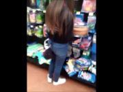 Flaquita de compras sabrosa voyeur supermercado