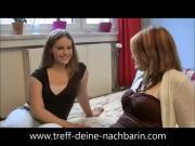 German Teen Nachbarin Dreier im Bett