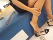 candid perfect feets and toes, shoe store