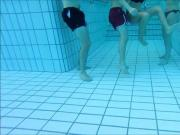 2 couples sous l eau