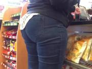Granny Pawg Nice Hips and Ass