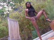 Footworshiped ebony babe pleasured by bf