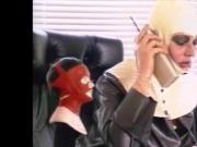 Piss-Exzesse im Gummi 14