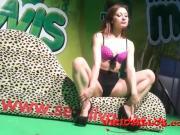 Valentina posando en el SEM