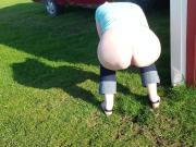 White ass farm girl peeing