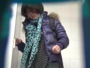 Chinese toilet peeing 14