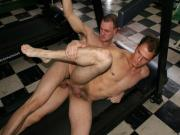 Gym Papis Pounding Each Other Extreme Anal