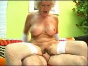 Hairy Granny Cunnilingus