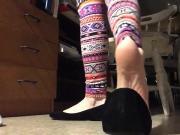 Shoeplay Toe cracking Ped socks & bare soles