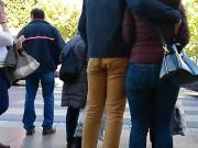 Candid Ass in Jeans - Curvy Spain