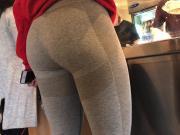 Pretty Fitness Girl Candid Leggings Ass
