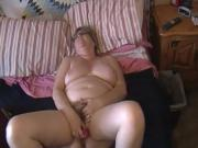Kim Bates fucks hairy pussy with pink vibe. Nice orgasm.