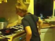 Follando y cocinando Cooking and Fucking