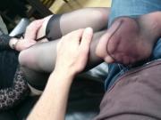 Ses pieds recouvert de ses bas