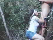 suceuse coquine dans les bois