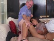 Amateur blows old man and desi old aunty Going South Of The Border