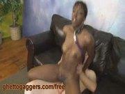 Black slut on a leash rides a white wang