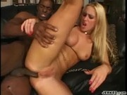 Hot Interracial Fuck With Jessica Darlin - White Curvy Asses