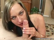 Stella Sparxx - Sweet MILF Gives Blowjob