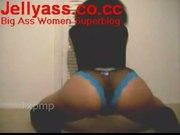 Big ass woman shaking her black ass