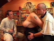Patronne de bar - lerenard