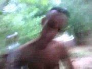A vadiola de cachoeirinha no mato com tres | www.brasileiras