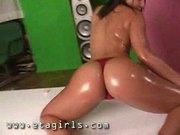 Nikki baby oil rub