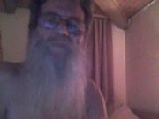 Solo old guy on cam