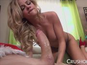 Jessa Rhodes sucking Santas big cock on Christmas