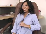Tia Ling gets both holes filled