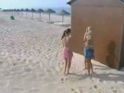 Beach Lesbo Fingering Threesome