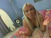 Devon: Beach babes playign in bed!