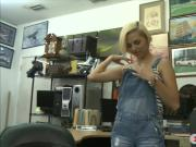 Hottie sells speaker and pounded hard at the pawnshop