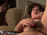 USAWives senior Lori Leane solo masturbation