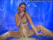 Hot blonde teen fingers and toys herself in pudding!