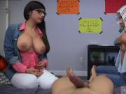 Muslim mother and playfellow's teen BJ Lessons with Mia Khalifa